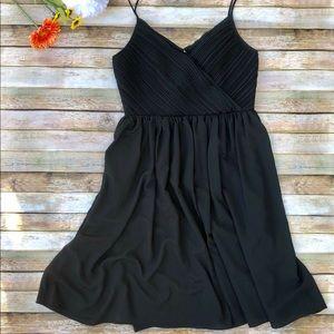 NWT Banana Republic black v neck strap dress